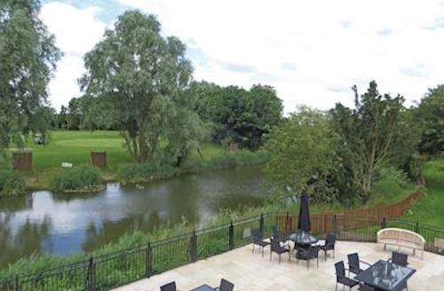 Snaptrip - Last minute cottages - Gorgeous Ramsey Lodge S60504 - The park setting