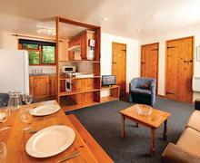 Snaptrip - Last minute cottages - Attractive Lelant Lodge S60562 - Typical SI 2 Bed Silver Bungalow sleeps 6