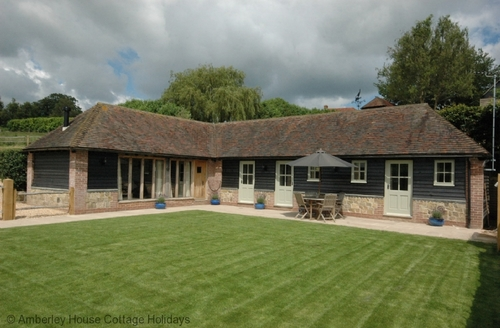 Snaptrip - Last minute cottages - Splendid Byworth Cottage S60648 -