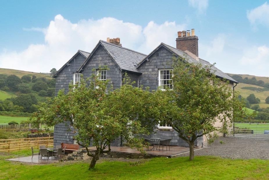 Glan Yr Afon Charming, detached former farmhouse | Glan Yr Afon, Llangernyw, near Abergele