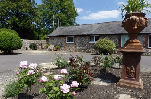 Snaptrip - Last minute cottages - Stunning Angmering Cottage S60670 -