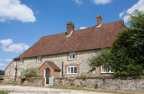 Snaptrip - Last minute cottages - Adorable Duncton Cottage S60706 -