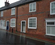 Snaptrip - Last minute cottages - Adorable Ditchling Cottage S60715 -