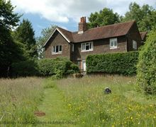 Snaptrip - Last minute cottages - Inviting Plumpton Cottage S60731 -