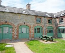 Snaptrip - Last minute cottages - Captivating Enniskillen Lodge S60853 -
