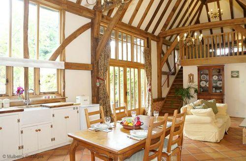 Snaptrip - Last minute cottages - Luxury Aylesham Cottage S60886 -