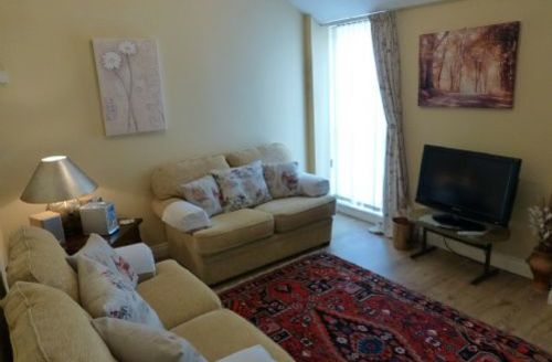 Snaptrip - Last minute cottages - Superb Nr Silloth Apartment S60943 -