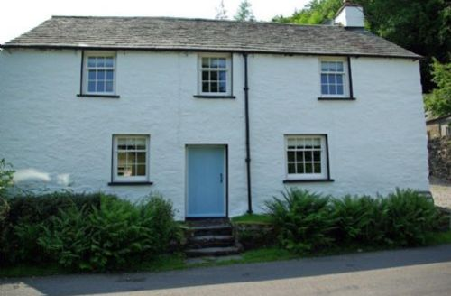 Snaptrip - Last minute cottages - Inviting Finsthwaite Cottage S60966 -