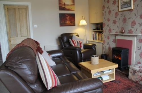 Snaptrip - Last minute cottages - Attractive Windermere  Cottage S60970 -