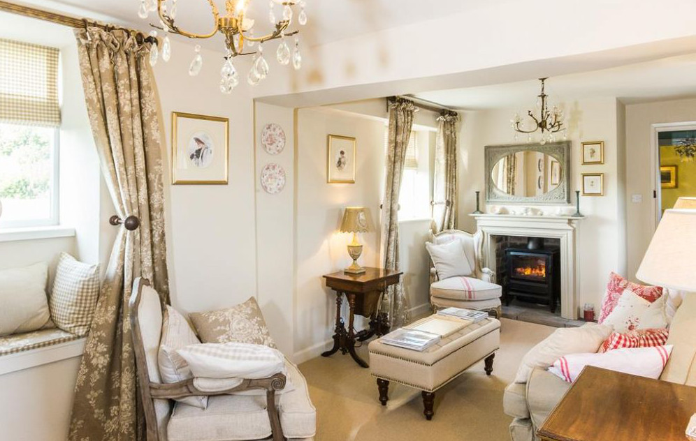 Last Minute Luxury Cottages for the May Half Term