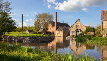 Picturesque UK pub walks this Summer