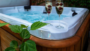 One of the best New Year's Eve cottages with hot tubs