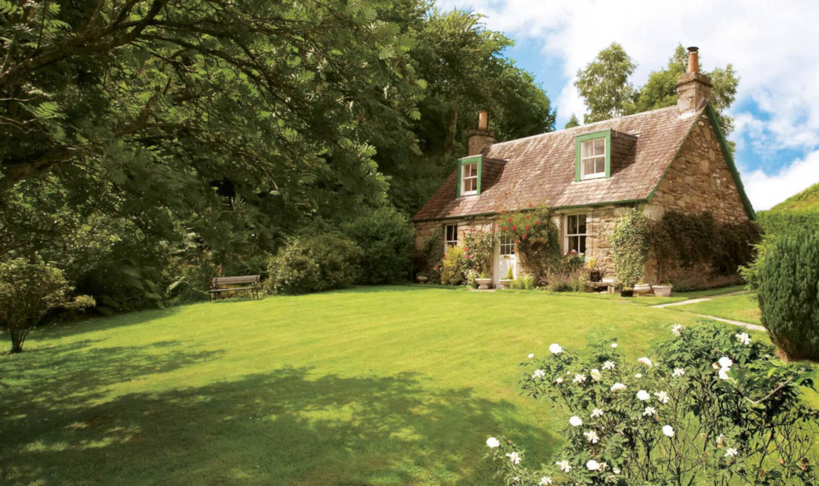 Last Minute Cottages in <span>Cotswolds</span> - Save up to 60%