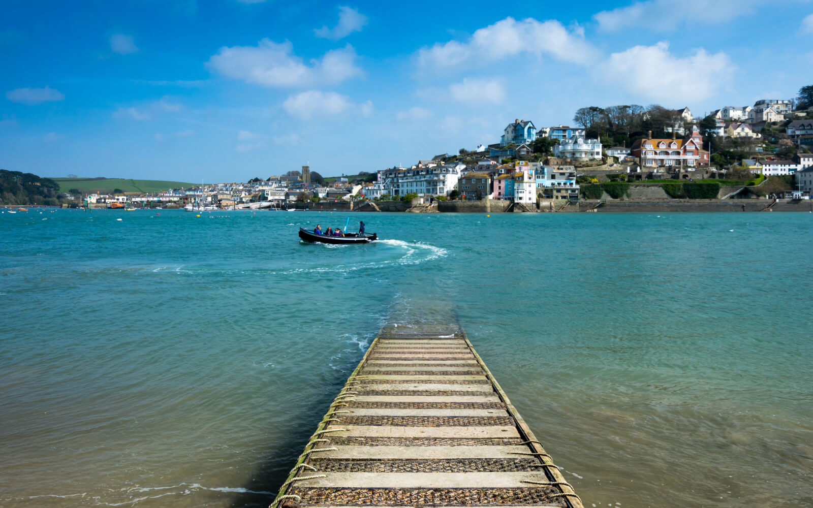 Last Minute Cottages in <span>Devon</span> - Save up to 60%
