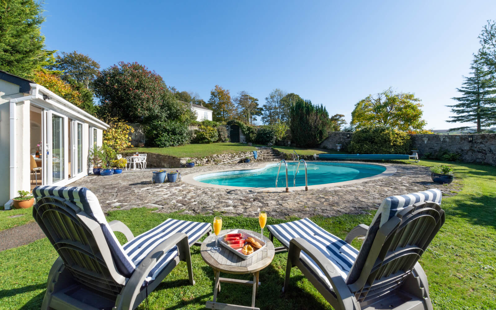 Last-minute Swimming Pool Cottages in  Croes Goch  - Save up to 60%