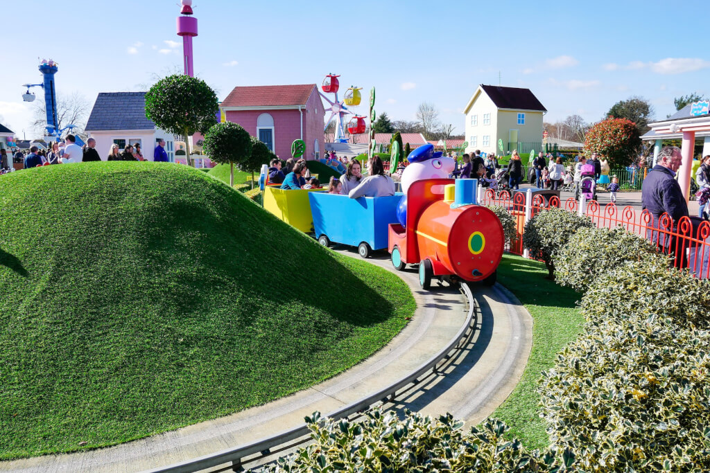 Family holiday destinations, Peppa Pig World
