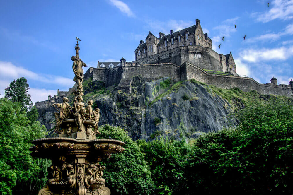 family holiday destinations uk, Edinburgh